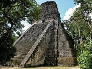 Image Guatemala Tikal D8006 youngrobv